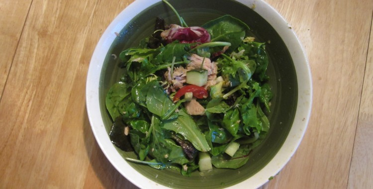 Tuna & Lemon-Balsamic Vinaigrette Salad (Costco Style)